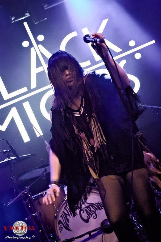 Black Mirrors 08