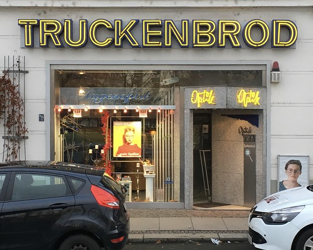 TRUCKENBROD