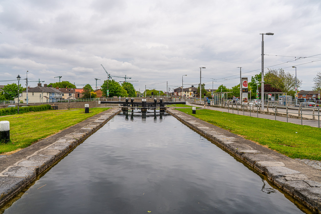 THE FIRST LOCK ON THE GRAND CANAL 010