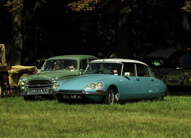 Citroën DS 21 + Peugeot 403 Richelieu (37 Indre et Loire) 02-09-18a