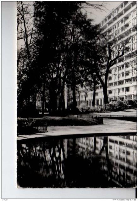 92 - LEVALLOIS PERRET Les Nouveaux Immeubles HLM  sq de la Planchette -------------