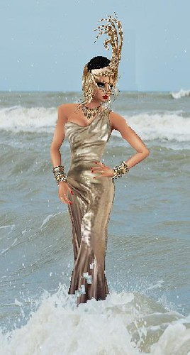 Shiny Dress in the Sea