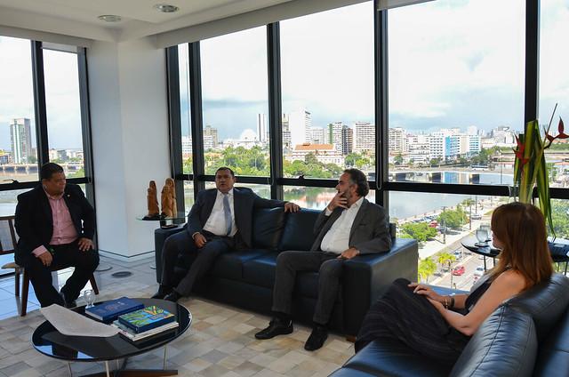 Reunião do MPPE, TCE e MPCO sobre projeto Lixão Zero