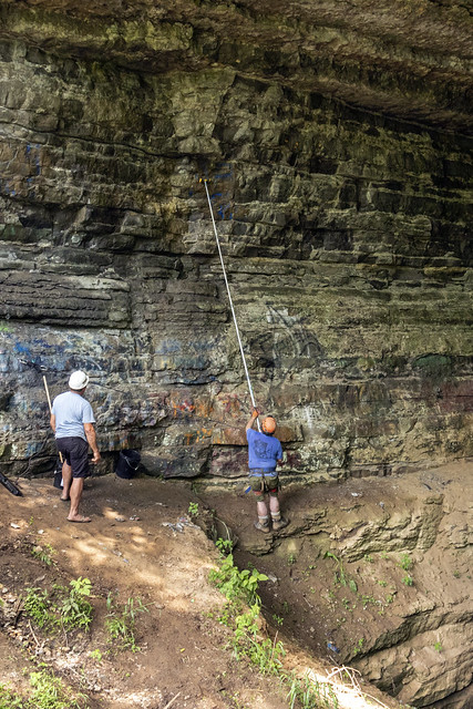 Tom Hehnen, Chuck Sutherland, Dirt Cave Cleanup, Jackson County, Tennessee 1