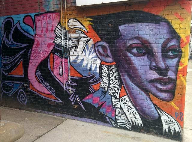 Mural on Roncesvalles opposite Dundas West, with bikes #toronto #roncesvalles #roncesvallesave #dundasstreetwest #mural #publicart #bike #rowellsowell