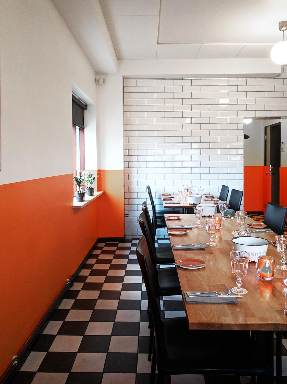 11iceland-hofn-humarhofnin-restaurant-food-travel