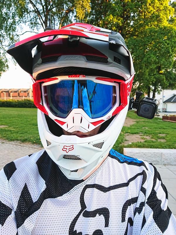 2016 Fox Rampage Pro Carbon & 100% Goggle