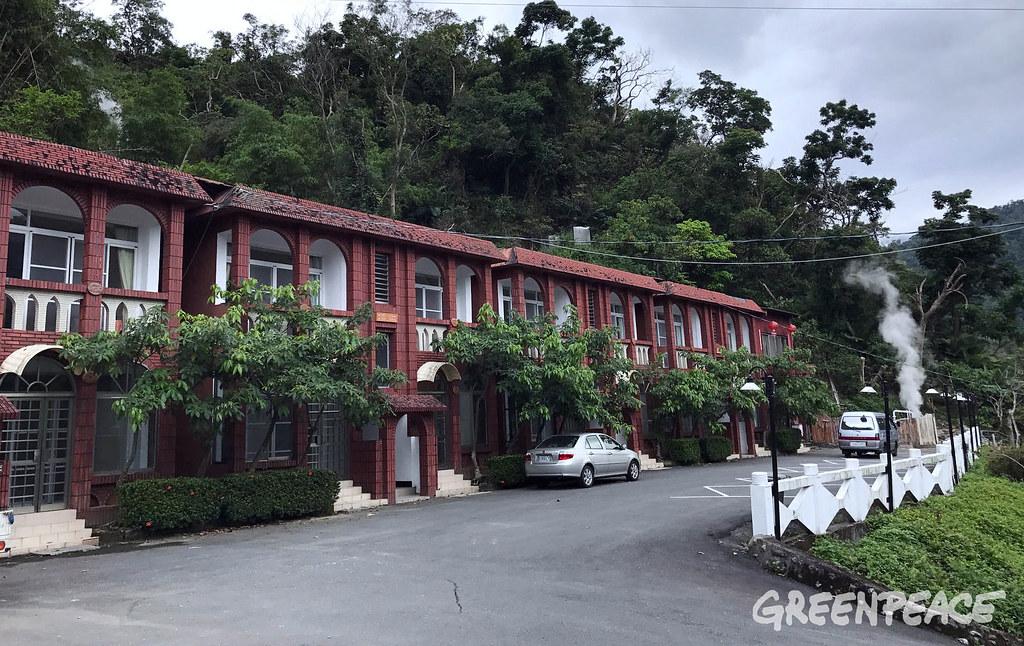 台東泓泉溫泉渡假村利用溫泉水發電,成為近年地熱發電首例。圖片來源:綠色和平