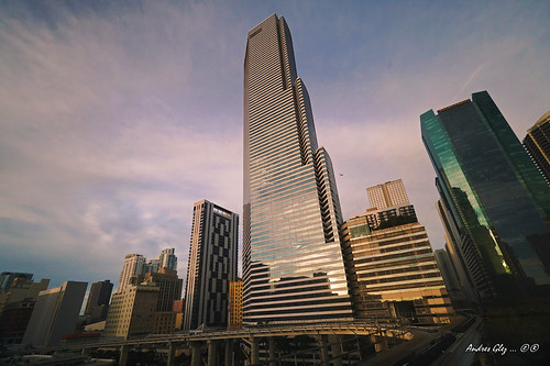 cityscapes architecture lateafternoon urban monorail transportation downtownmiami skycraper building outdoors colors city walkingaround