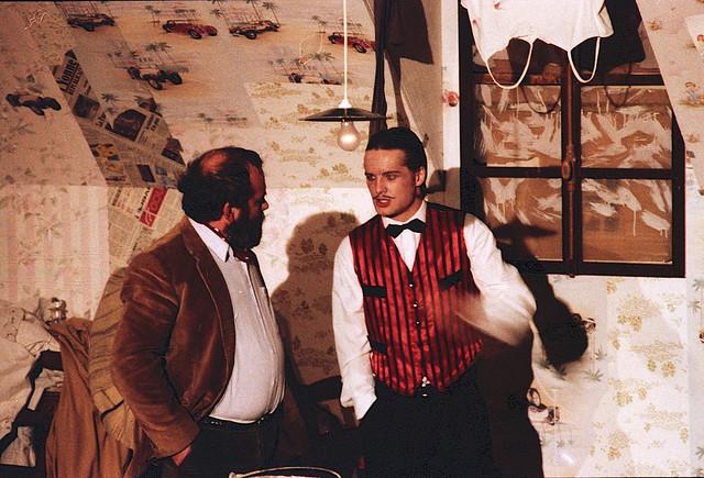 Film retrouvé dans mes archives, sans doute une pièce au Cinéma-Théatre de Tonnerre en 1994...