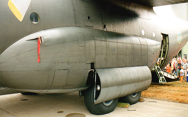 C-130 Hercules 00006