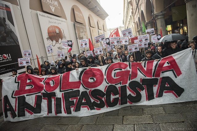 Corteo antifascista contro Forza Nuova