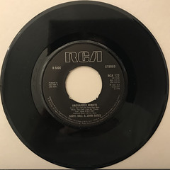 DARYL HALL & JOHN OATS:I CAN'T GO FOR THAT(NO CAN DO)(RECORD SIDE-B)