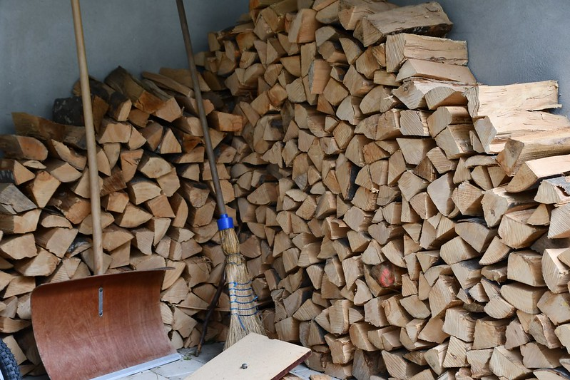 Estate wood pile 21.05.2019