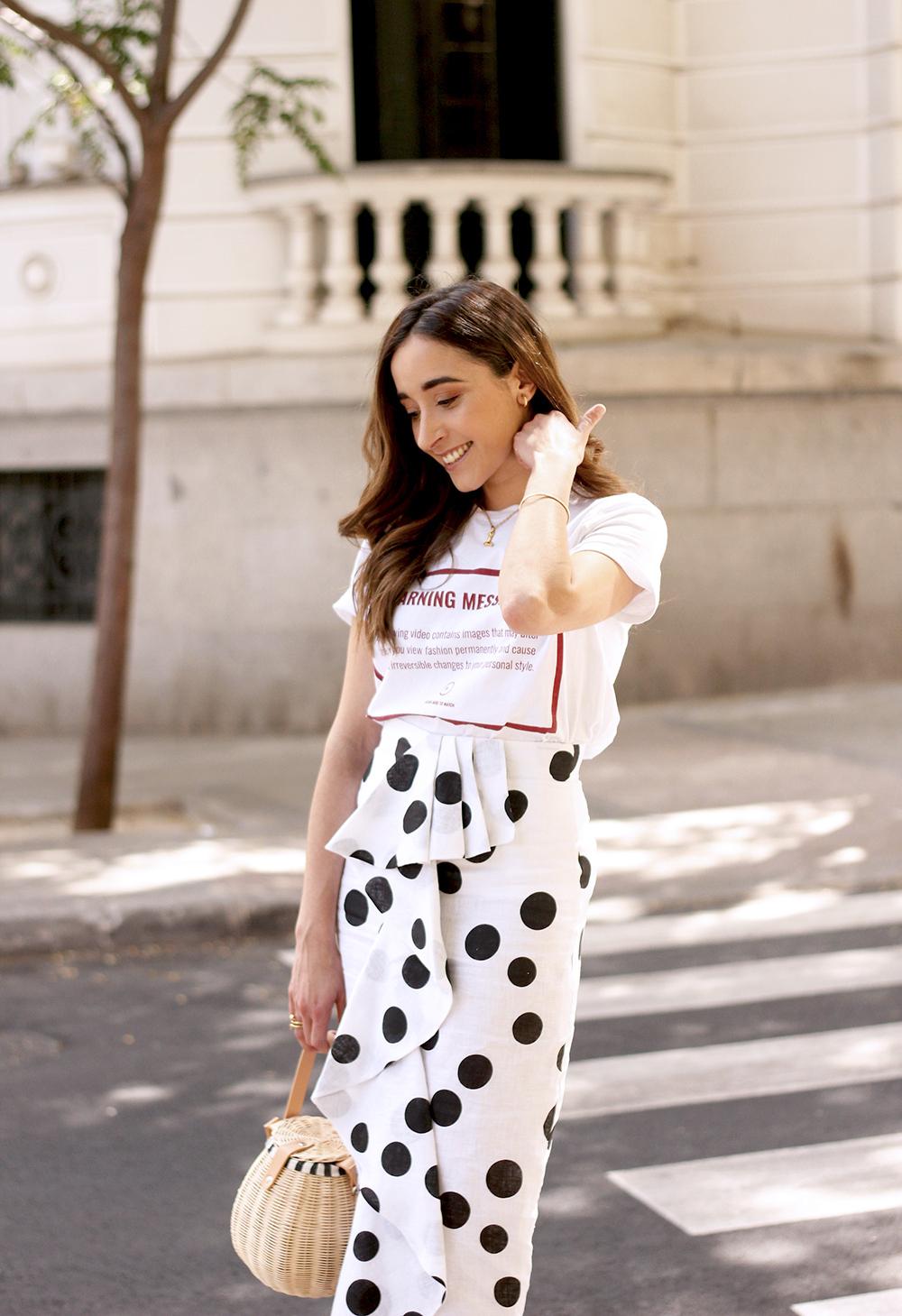 midi linen polka dots skirt black heels street style outfit 201913