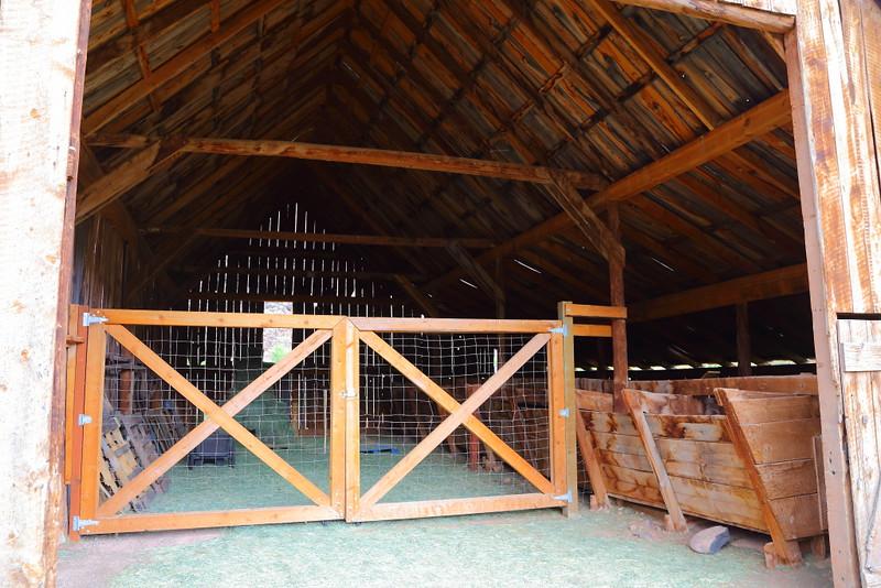 IMG_5150 Pendleton Barn