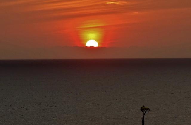 INDONESIEN, Bali -  Sonnenuntergang am Meerestempel Pura Tanah Lot , Good bye BALI ,  18236/11517