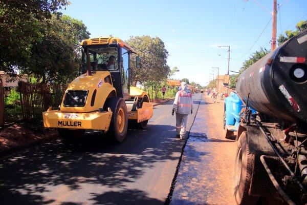 Nélio inicia pavimentação de ruas no bairro Jutaí; obra está orçada em R$ 5,3 milhões, asfalto