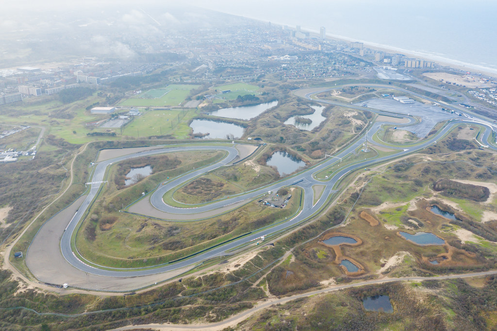 Formula One F1 Circuit Park In The Dunes Of Zandvoort In T Flickr