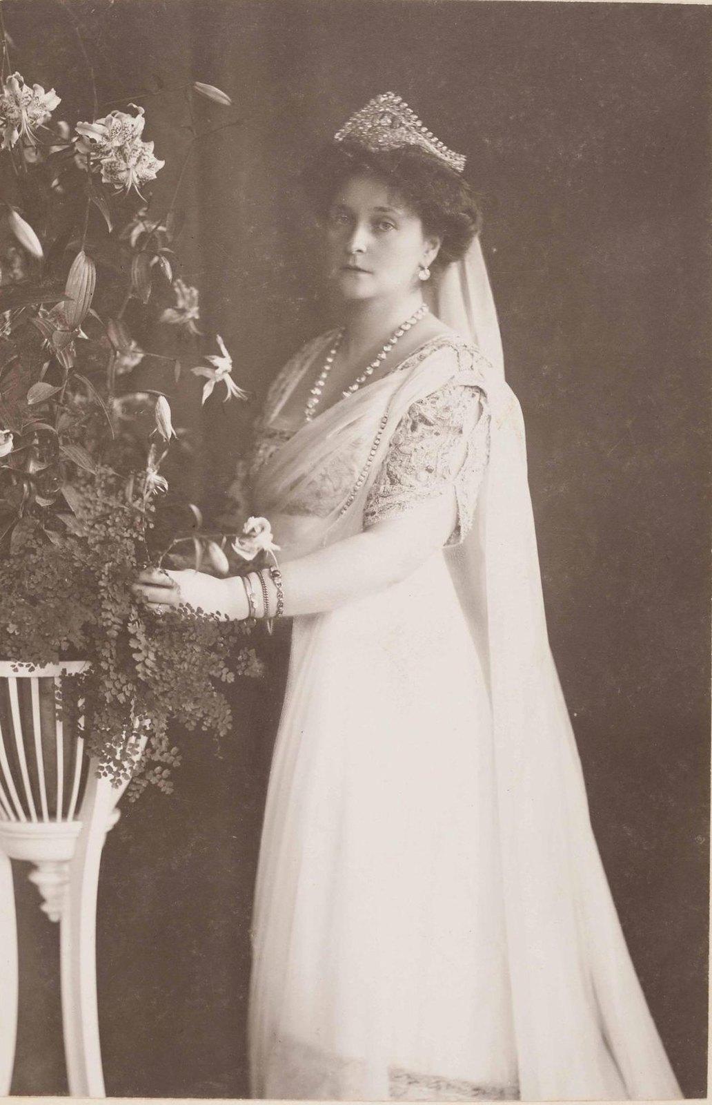 1913. Портрет императрицы Александры Фёдоровны