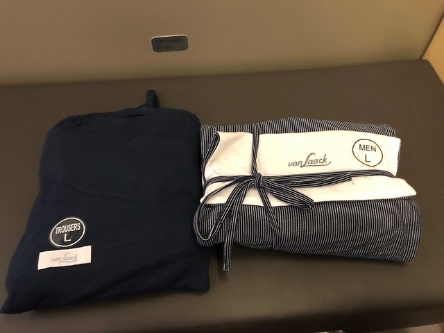 Amenity kit LH First