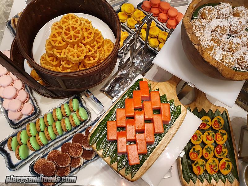 four seasons hotel kl curate ramadan kuih