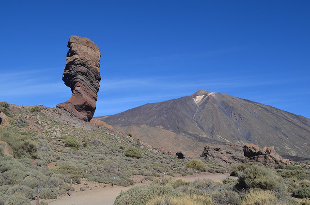 Accessible path, Roques de Garcia, Teide National Park, Tenerife