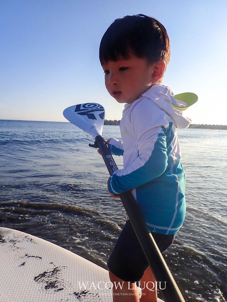 迪卡儂小孩款水母衣