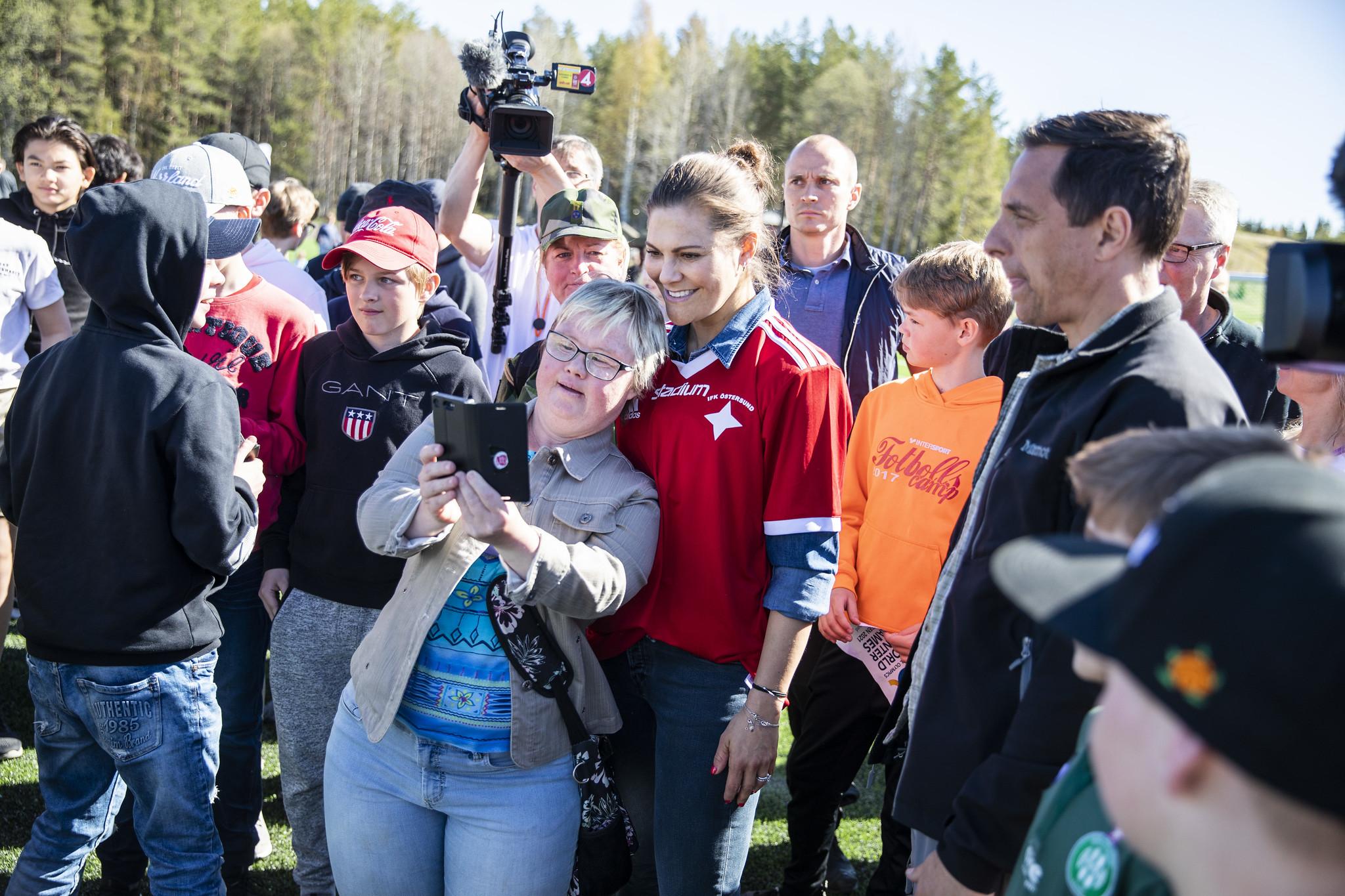 Parafotboll med kronprinsessan Victoria