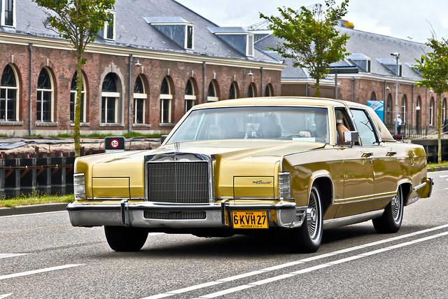 Lincoln Continental Sedan 1979 (6792)