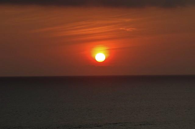 INDONESIEN, Bali -  Sonnenuntergang am Meerestempel Pura Tanah Lot am Ind. Ozean, (serie) 18215/11494