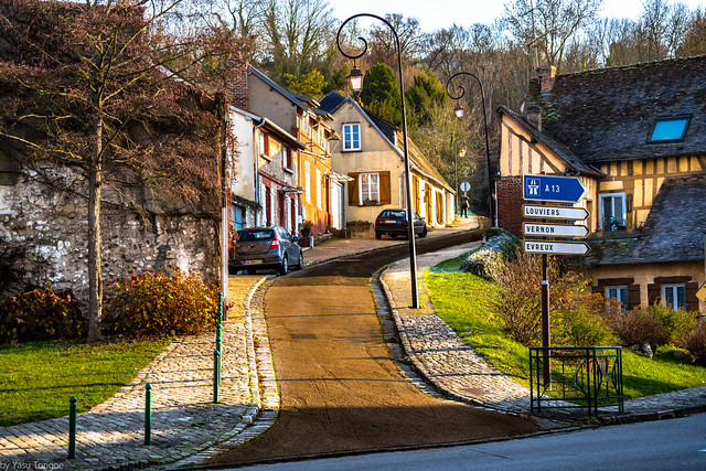 View of Impasse Pauge in village of Petit Andelys which leads to Château Gaillard (castle ruin build by Richard the Lionheart, Normandy Region. France -17a