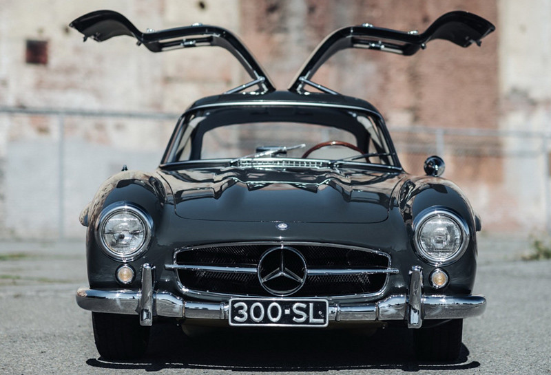 0de5974e-mercedes-300sl-gullwing-10