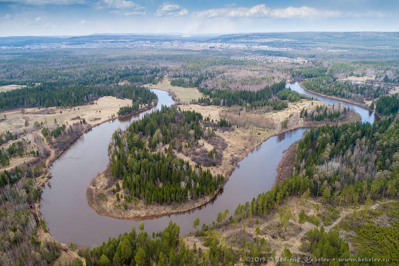 река Чукша на фоне Чуны