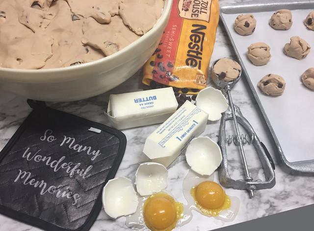 cookie-baking-scene-detail