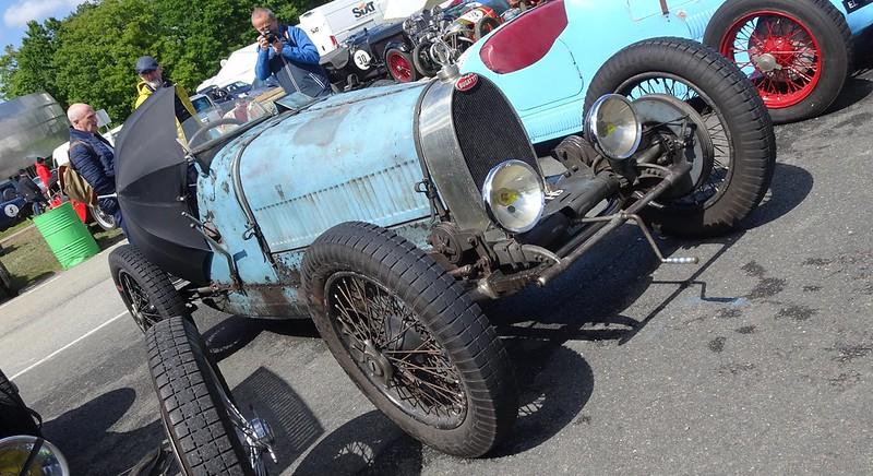 Deux Bugatti parmi bien autres à ce VRM 2019 47883535501_4943204d61_c