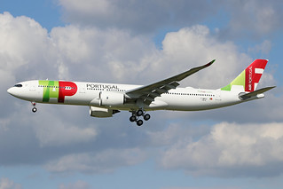 F-WWYU A330-941 200519 TLS (CS-TUL)