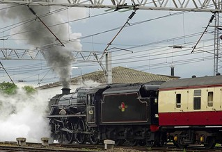 "LMS Stanier Class  loco 45231 ""The Sherwood Forester"" departing Carlisle"