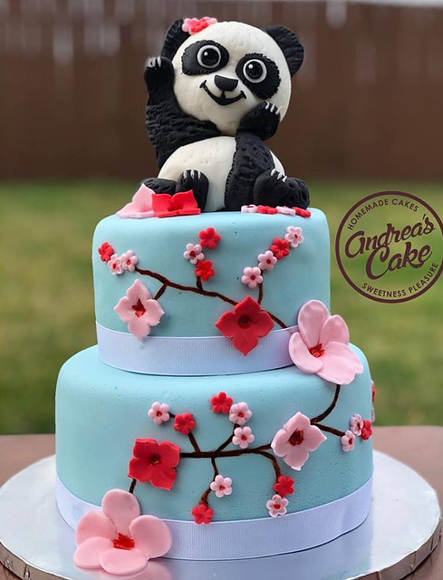 Cake by Andrea's Cake