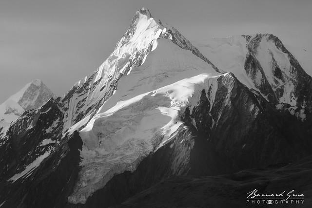 Lueurs matinales sur la montagne, vue d'Eagle's Nest