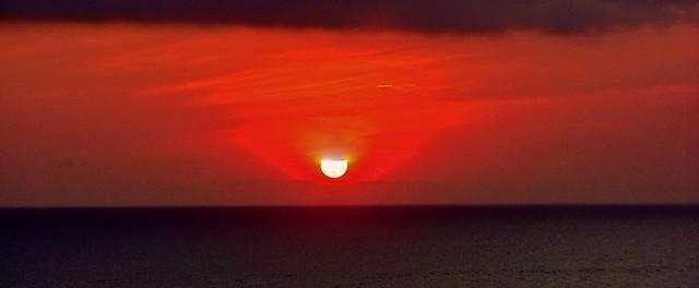 INDONESIEN, Bali -  Sonnenuntergang am Meerestempel Pura Tanah Lot /Sonnenuntergang-Studien, 18228/11509