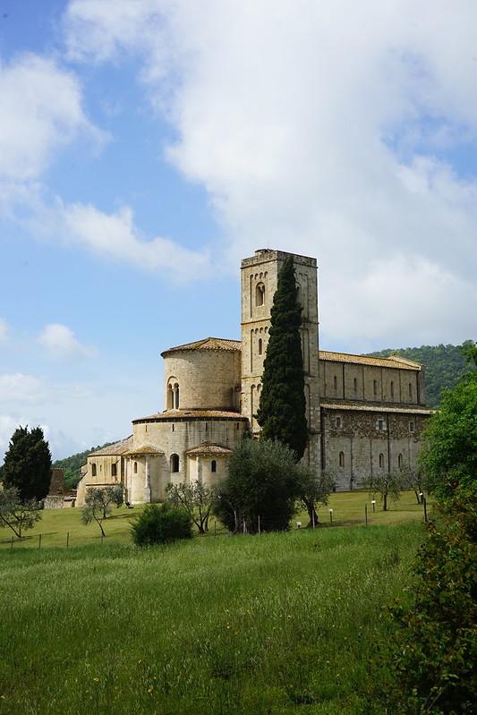abadia sant antimo - Ruta por la toscana