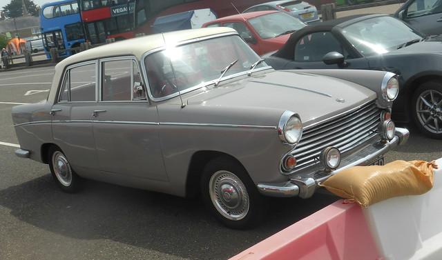 Morris Oxford Series VI (1966)