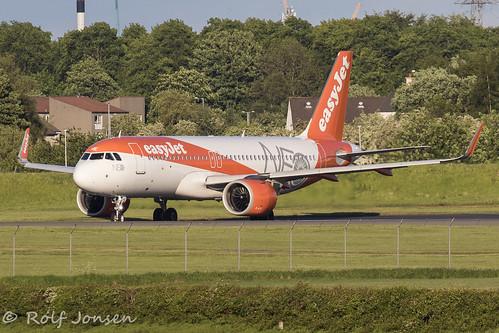 G-UZHE Airbus A320 NEO Easyjet Glasgow airport EGPF 22.05-19