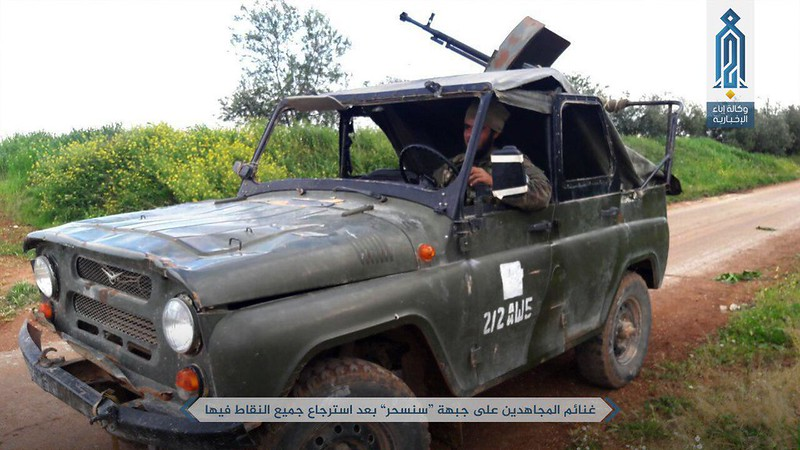 UAZ-469-captured-by-rebels-near-halfaya-syria-2017-sfo-1