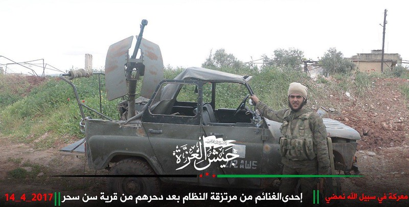 UAZ-469-captured-by-rebels-near-halfaya-syria-2017-rdi-1