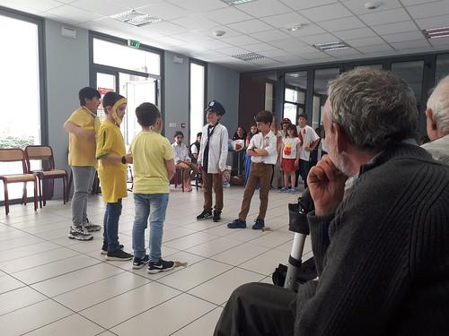 Pièce de théâtre - Personnes âgées CM1 B