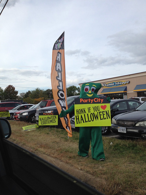 Hahaha you know halloween is near when you drive near party city and you see this!
