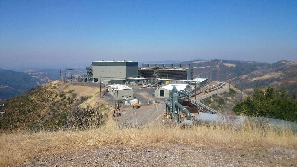美國北加州蓋瑟(Geysers)電廠。王守誠提供。
