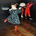 Při tanci, který byl později společně se zpěvem ahudbou silným prvkem Evina života